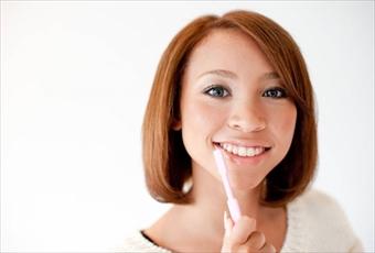 虫歯・歯周病を防いで食の喜びを