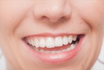 歯を矯正する前に知ってほしいシンメトリーの美しさ